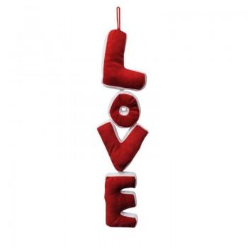 Голям плюшен надпис LOVE - подарък за Свети Валентин