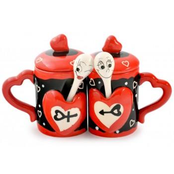 Керамични чаши със сърца с лъжички и капачета